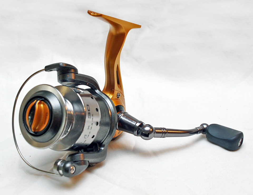 Quantum Triax 30 - 8 ball Bearing Spinning Reel